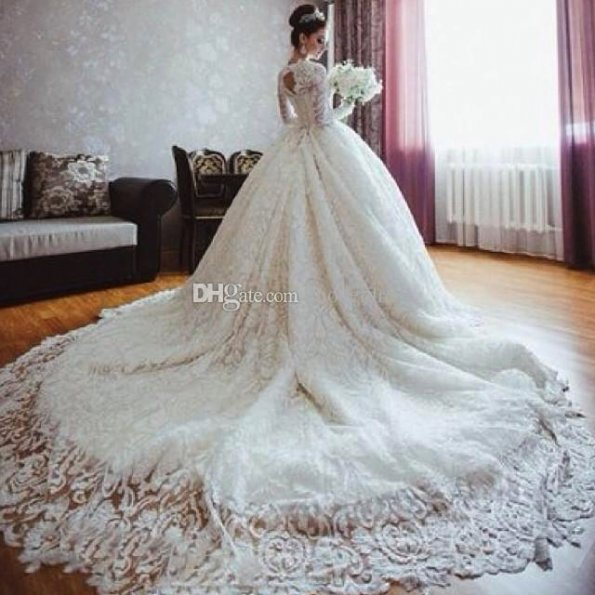 discount-2017-new-luxury-lace-wedding-dresses-cathedral-train-long-sleeves-glamorous-white-vestidos-de-noiva-michael-cinco-arabic-bridal-gowns-2016-short-superb-long-train-lace-wedding-d